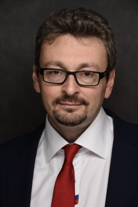 Олег Давидович